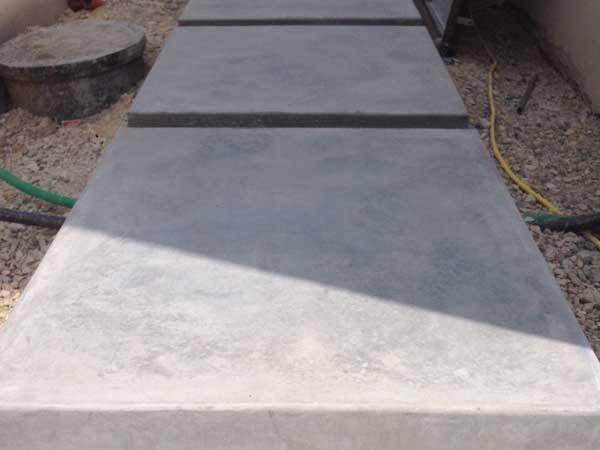 הכנות ליציקת בטון מוחלק שביל כניסה , מדרגות ומשטח כניסה . וילה מזכרת בתיה 2
